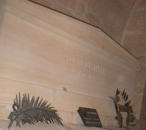 674px-Braille's_tomb_in_the_Pantheon
