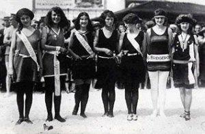 1922 Contestants, Margaret Gorman on the far right