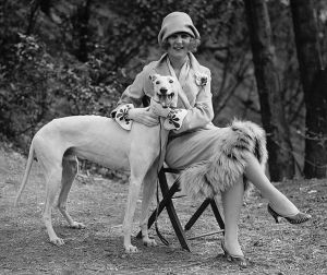 """Margaret Gorman with her pet Greyhound, """"Long Goodie"""", in April 1925"""
