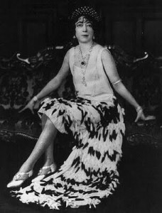 Evalyn Walsh McLean in the Roaring '20s wearing the Hope Diamond