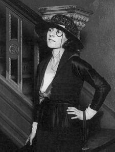 450px-Ruth_Gordon_1919