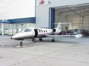 Learjet 35, N47BA