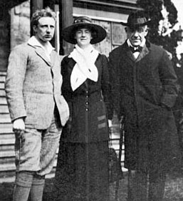 Edward Bok and Mary Louise Bok with Leopold Stokowski before 1920