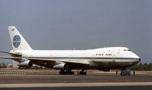 800px-Pan_American_World_Airways_Boeing_747_N750PA_01