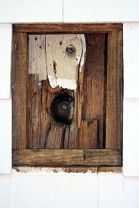 British cannonball lodged into a corner post of the Keeler Tavern