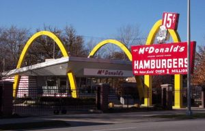 The McDonald's Museum, Des Plaines, Illinois in the style of an original McDonald's.